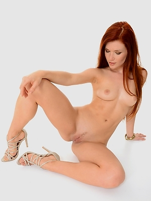 Mia Sollis - Spicy Ginger